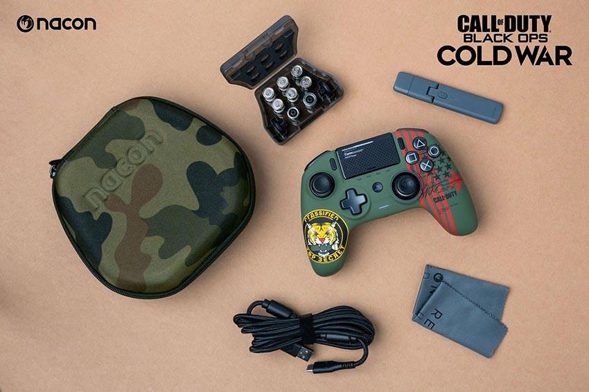 دسته بازی Nacon Revolution Unlimited Pro طرح بازی Call of Duty