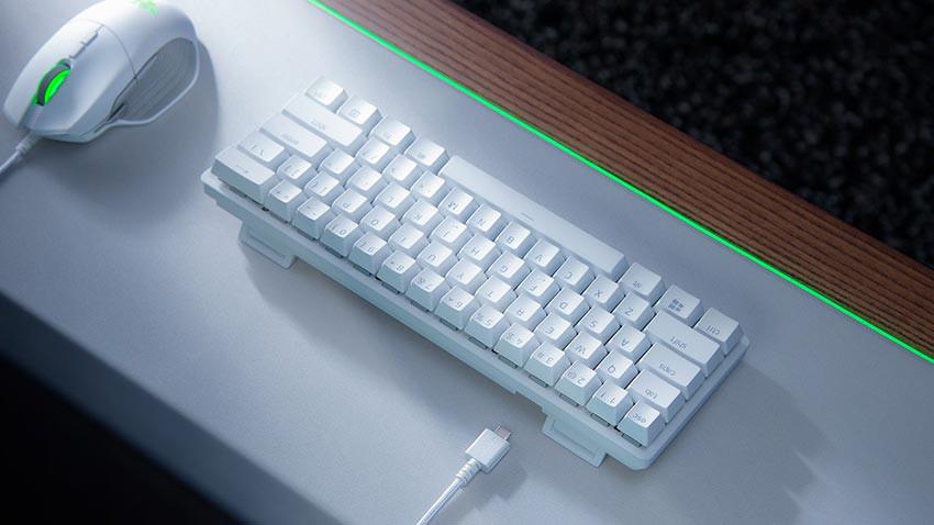 کیبورد گیمینگ ریزر مدل Razer Huntsman Mini - سفید